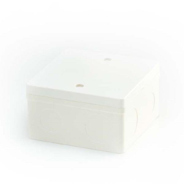 ข้อต่อตัวกล่องสี่เหลี่ยมลึก 4x4 พีวีซี เอสซีจี ระบบร้อยสายไฟ สีขาว (มาตรฐาน BS)